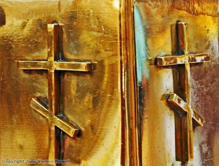 gold-crosses-copyright-jonv
