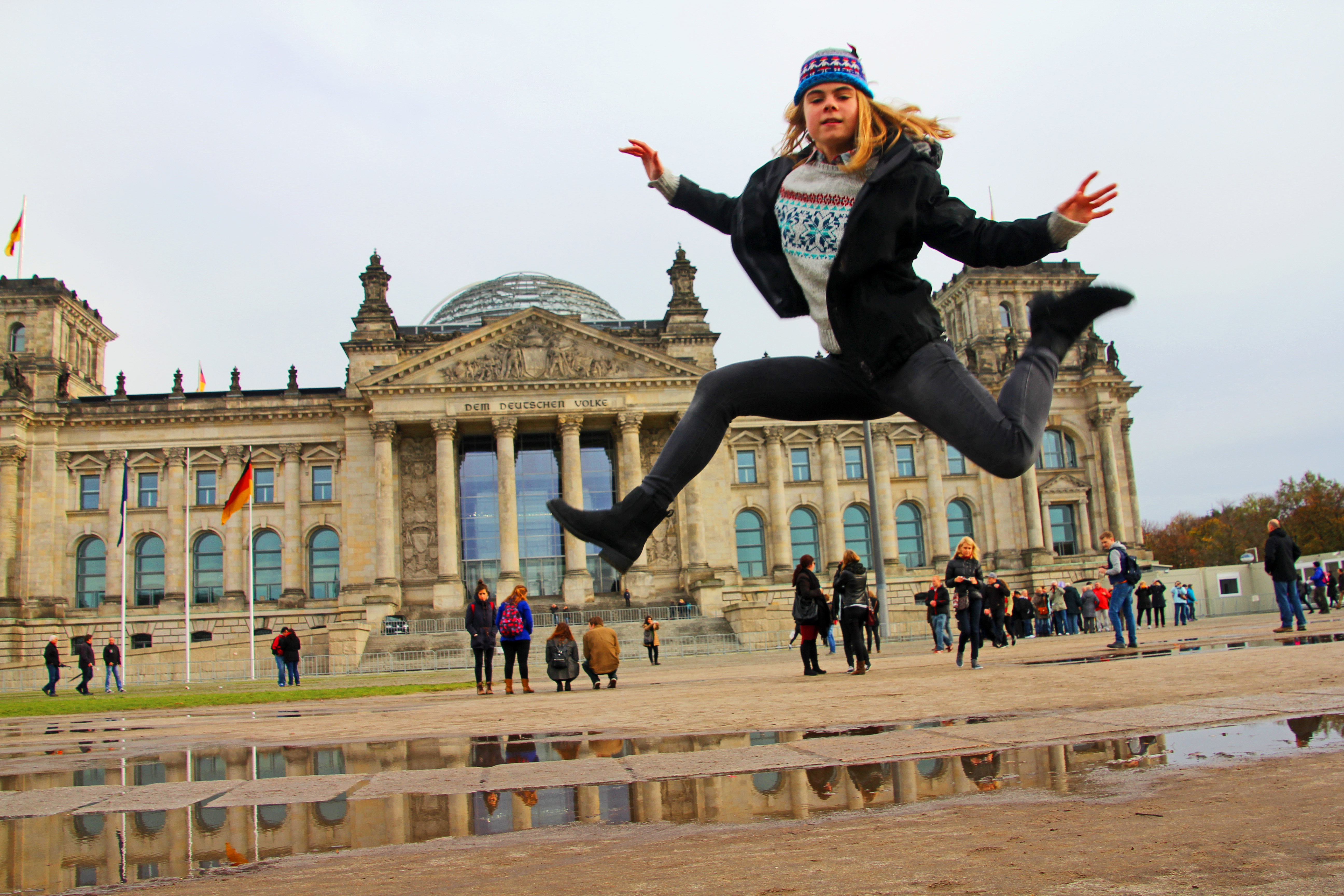 october-2013-reichstag-jumping-copyright-jonovernon-powell