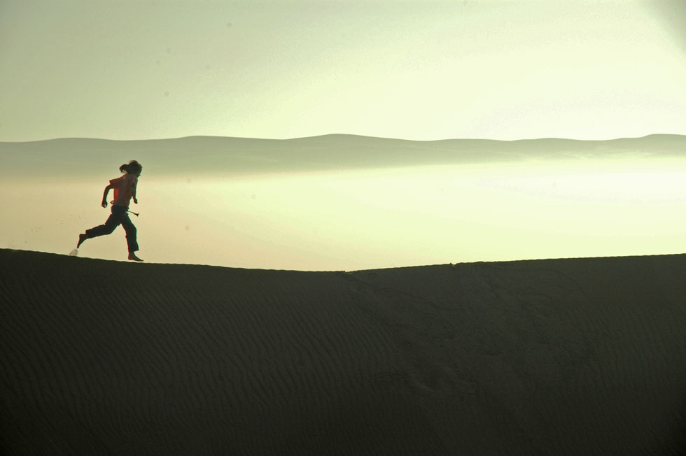 Amber-Dune-Running---copyri