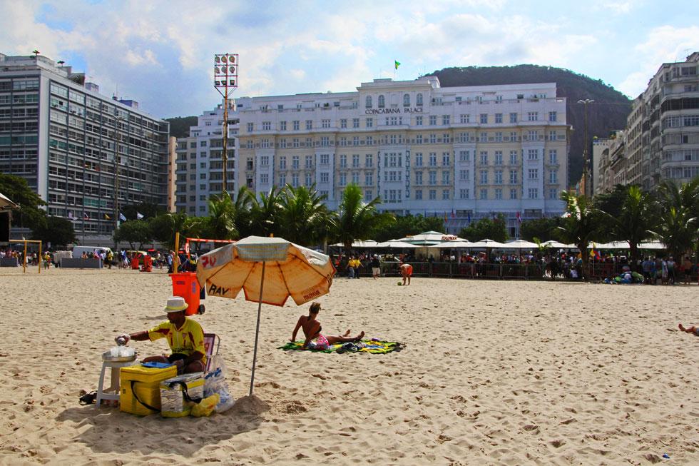 copacabana-palace-beach-coc