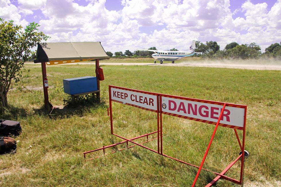 airstrip-take-off-copyright