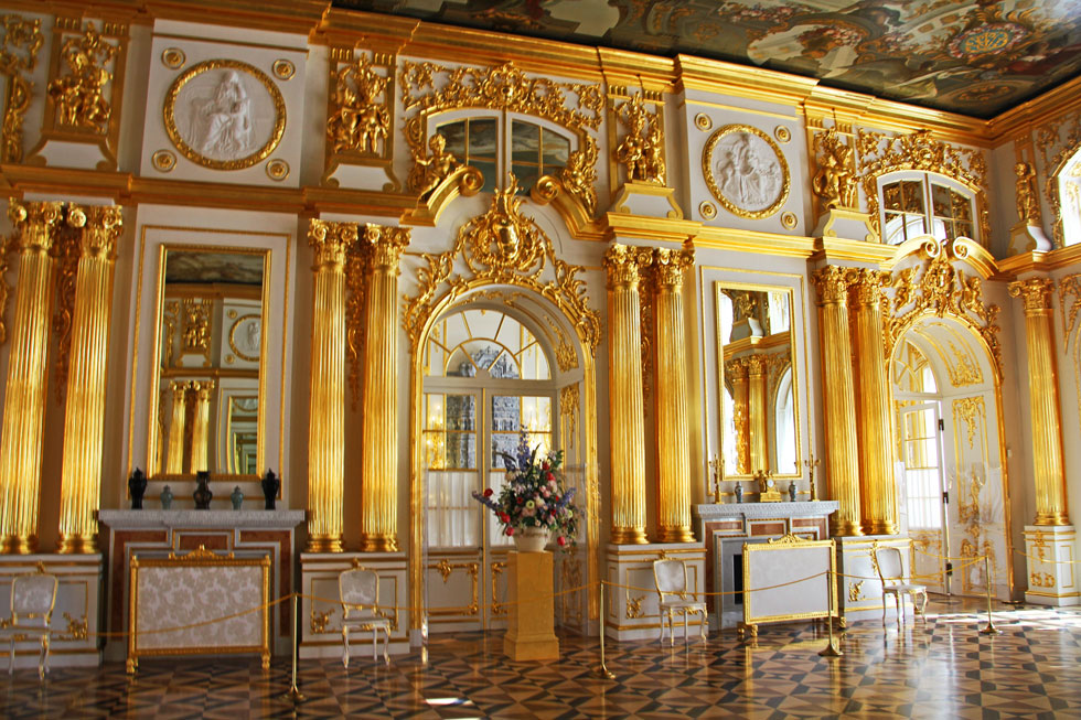 gold-bling-catherine-palace