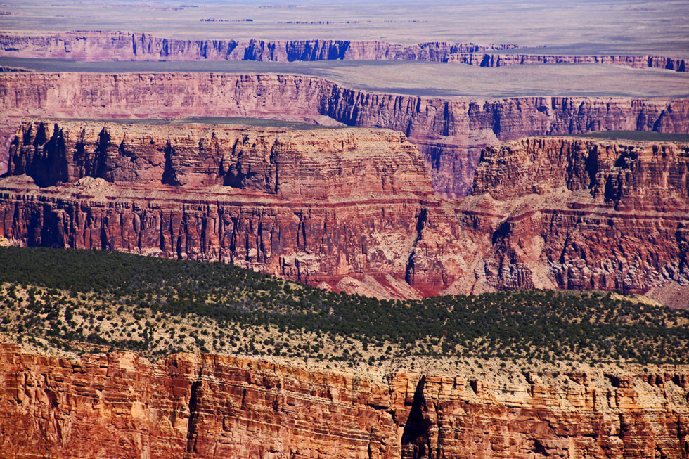grand-canyon-rock-cutains-c
