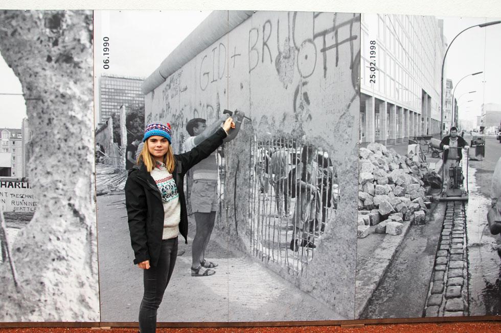 looking-back-at-berlin-wall