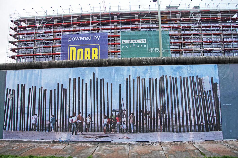 looking-through-berlin-wall
