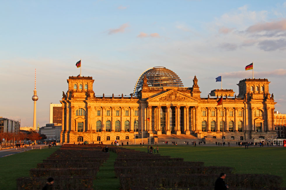 Reichstag and Televion Tower - in accessible from the West in 1970s.