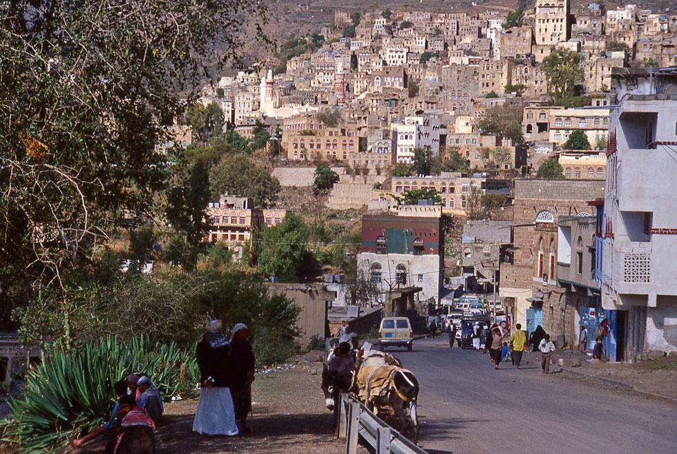 yemen-street-scene-copyrigh