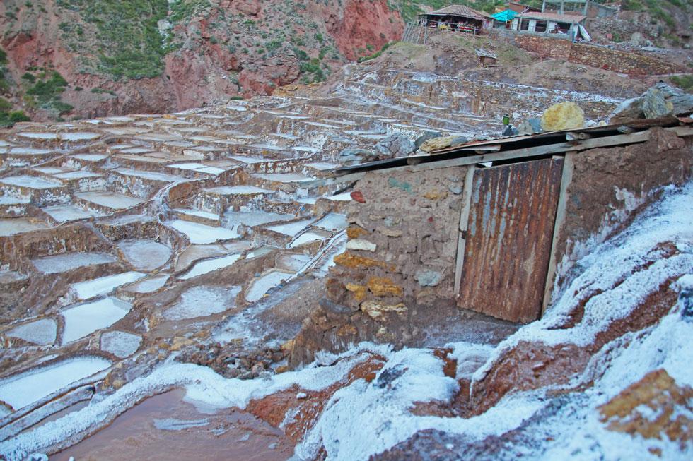 maras-salt-pond-hut-copyrig
