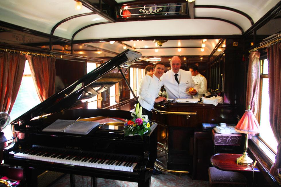 orient-express-piano-bar-co