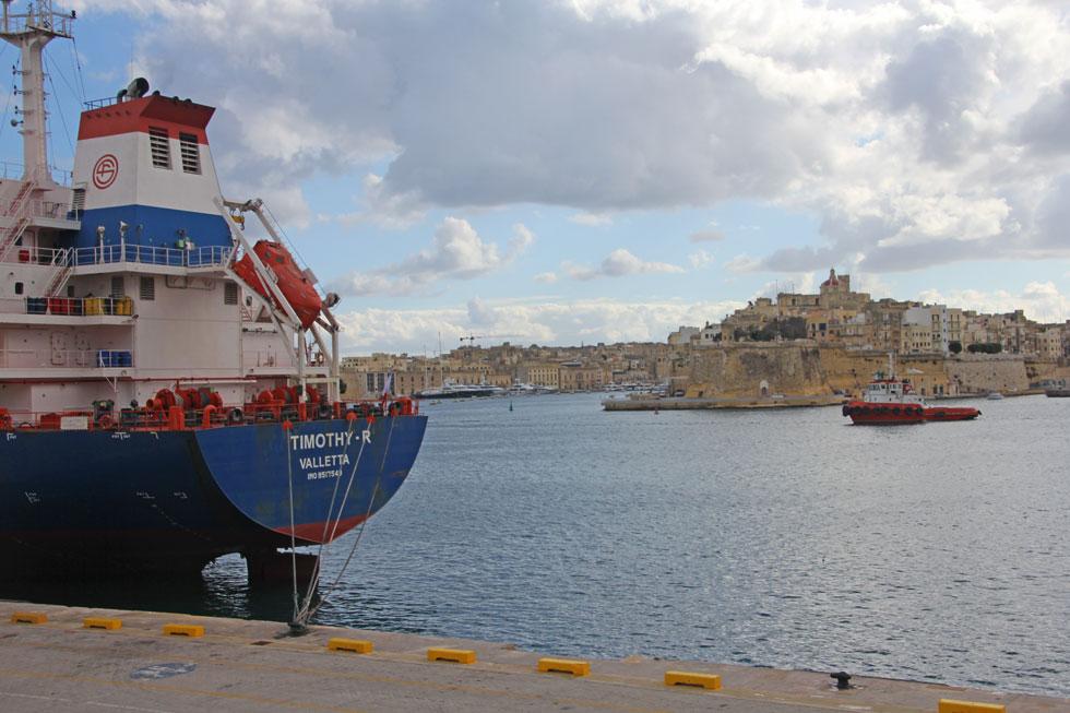 vletta-harbour-ship-copyrig