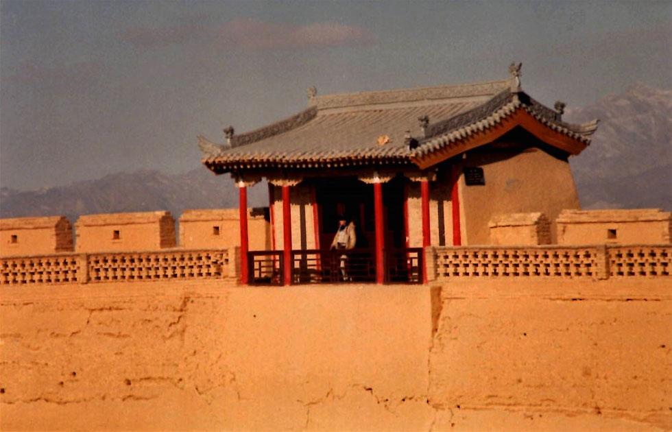 jiayuguan-fort-sentry-post-