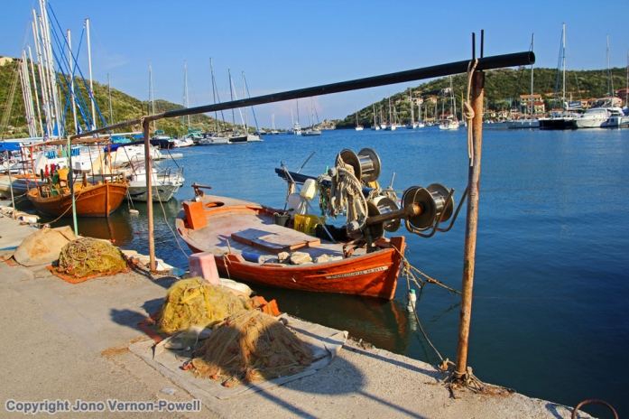 greec-fishing-boat-harbour-