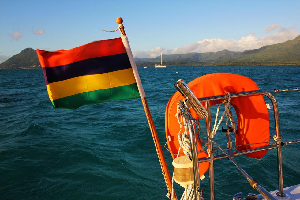 mauritius-boating-copyright