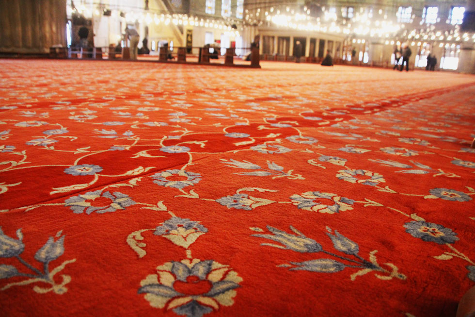 blue-mosque-red-carpet-copy