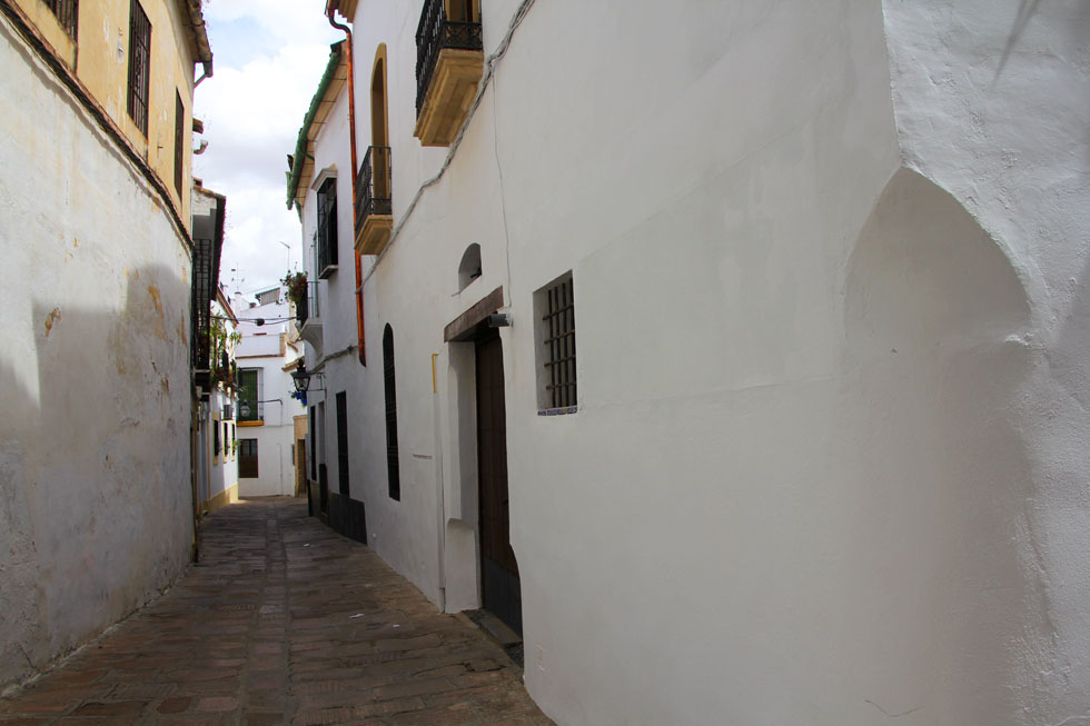 white-walls-andalusia-copyr