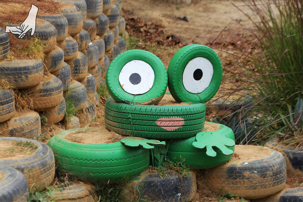 rubber-tyre-frog-copyright-
