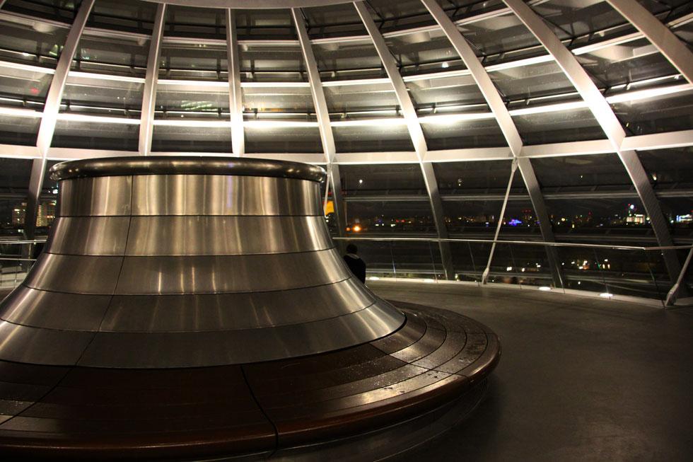 silver-dome-reichstag-copyr