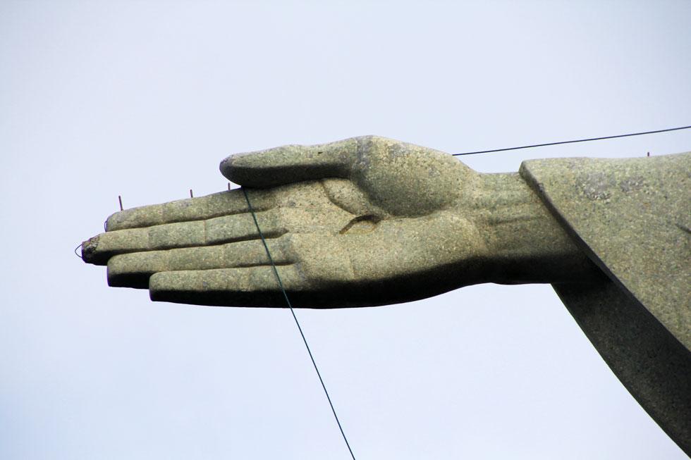 christ-redeemer-hand-copyri