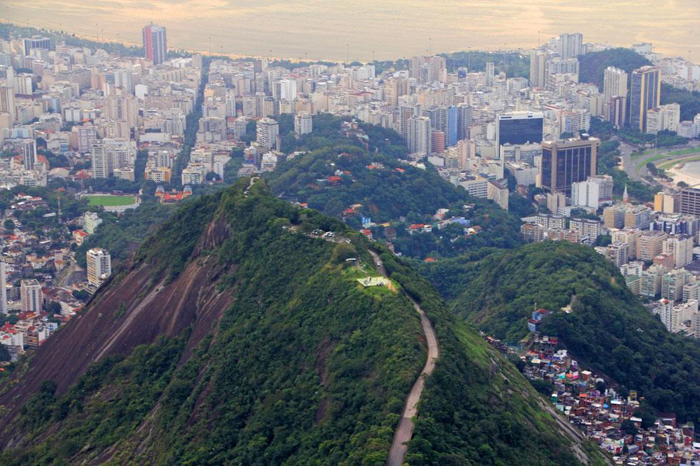 hill-view-corcovado-copyrig