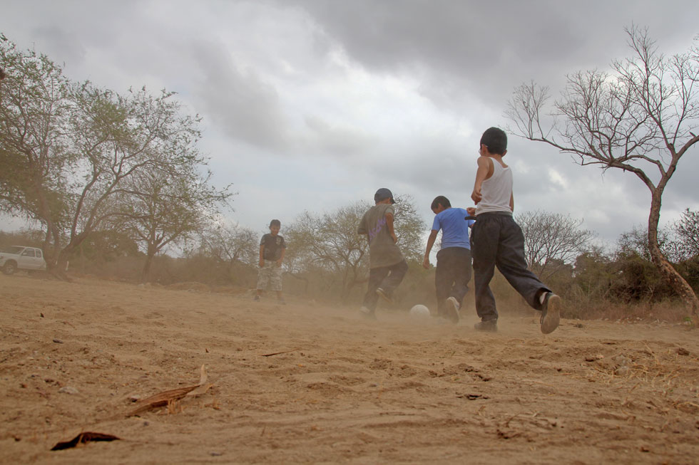 football-dust-newlifeline-c