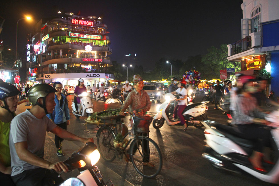 bicycle-calm-hanoi-copyrigh