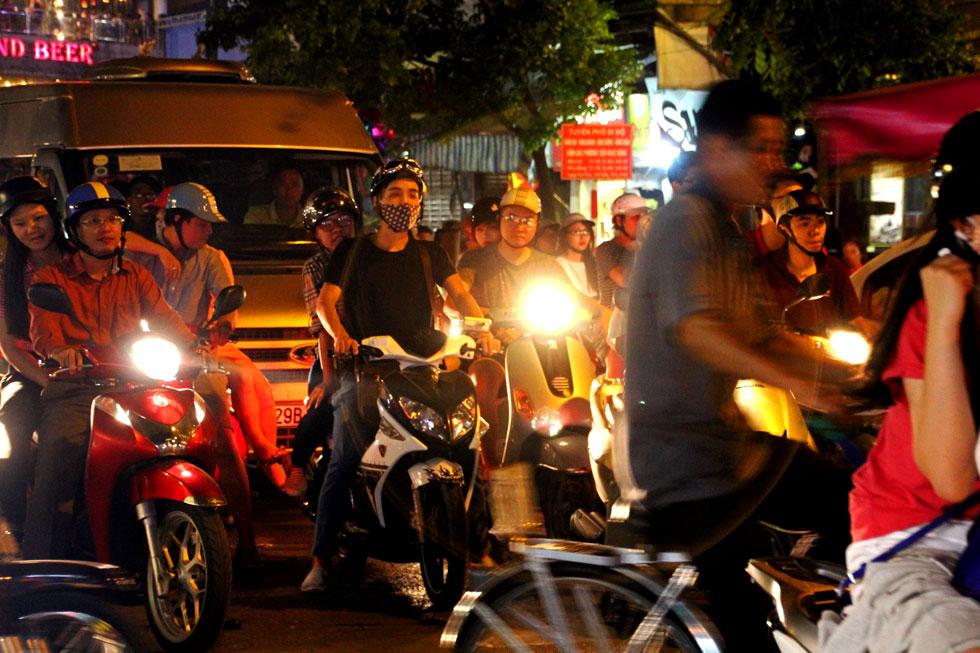 masked-rider-hanoi-copyrigh