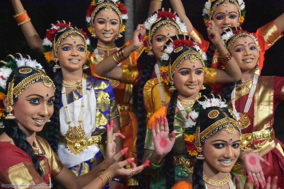 kerala indian india cochin southern average does many powell dance troop looks